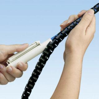 PANDUIT Pan-Wrap lángálló polietilén kivezetékelhető kábel rendező cső tekercs, áttetsző, D=12.7 mm, L=61 méter