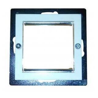Legrand Valena keretbe illeszthető műanyag átalakító adapter, 45x45-ös